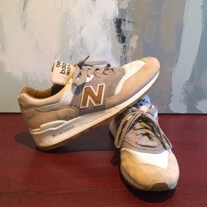 New Balance 997 Sneakers Suede Tan Gray Mens 10